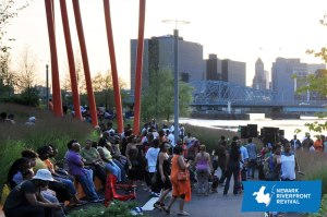 RiverfrontHouse3