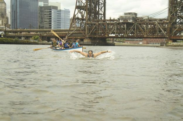 filmmaker-swims-down-passaic-river-145e5126c6ecb1a3